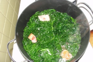 Braising Kale with Salt Pork